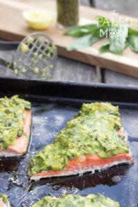 Fisk med avokado- och basilikatäcke