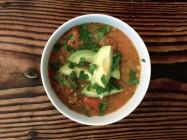 Sommarsoppa på gurka och avokado